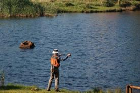 Flyfisherman-the-ponds-1-1